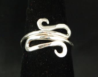 Sterling Silver Scroll ring Size 7 1/4