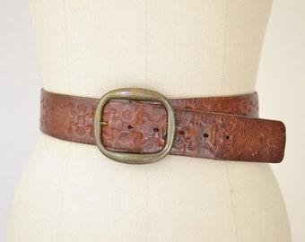 1970s Tooled Leather Belt / Vintage Brown Leather Waist Belt