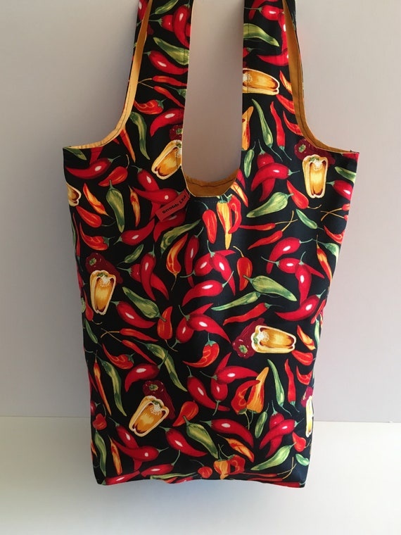S - 597 Large shopper - chilli peppers !