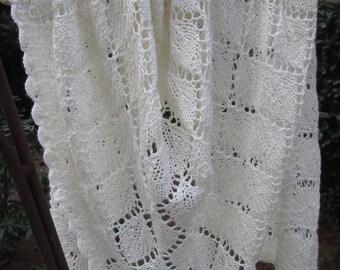 Silk Merino Lace Shawl in Ivory