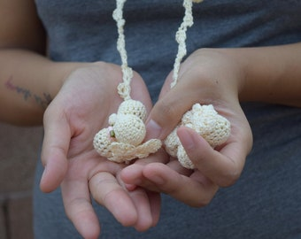 Crochet flower necklace ivory cotton ribbon buttons romantic jewelry pink rose boho bohemian floral summer scarf