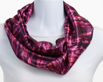 Infinity scarf - Raspberry Fuschia abstract ~ SK198-S5