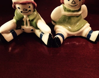 """Vintage Raggedy Ann and Andy Salt and Pepper Shakers from 60""""s"""
