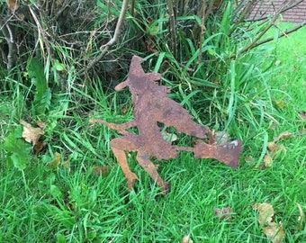 Witch Rusty / Patina, Mild Steel Metal Garden / Yard / Pond Art, Ornaments