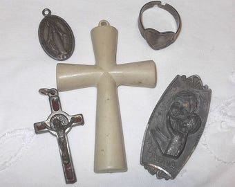 Lot of 5 Antique and Vintage Religious Items Crucifix Christian Catholic Italian Creative Projects Supplies