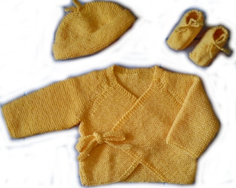 Set crossover, bonnet and booties yellow 6/9 months