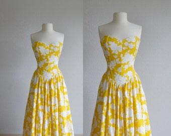 70s floral yellow sundress - vintage 1970s rose flower print - white mustard cotton - strapless sun dress - maxi long -