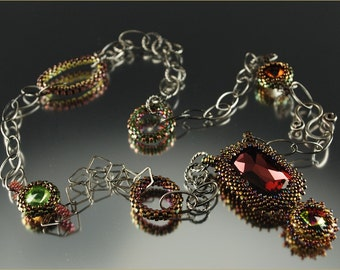 """The """"Fit for a Queen"""" - Beading Kit"""