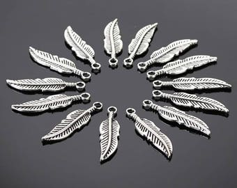 Set of 30 charms leaves silver