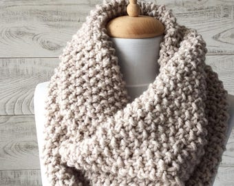 Chunky Knit Scarf Cowl Scarf Knit Infinity Scarf Womens Scarves Fall Winter Fashion Knit Cowl / FAST DELIVERY