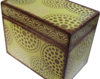 Recipe Box Decoupaged , Handcrafted, Kitchen Storage, Organization, Holds 4x6 Recipe Cards  MADE TO ORDER Retro Mod Green