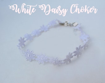 White Daisy Crystal lace choker