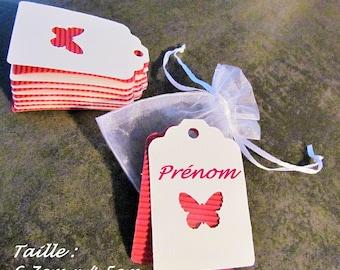 Set of 16 tags: cardboard fuchsia wavy + white cardstock
