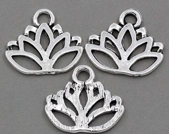 DESTASH 25 charms/pendants in silver lotus
