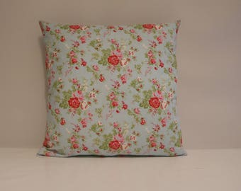 Pretty Red Flower cushion cover