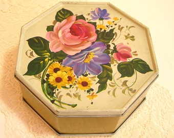 Floral Tin - Hexagonal Design