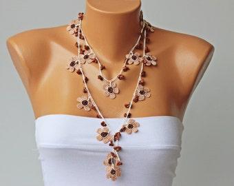 Crochet bead necklace  jewelry / crochet necklace/ crochet flower necklace