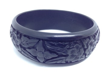 Black carved celluloid bangle