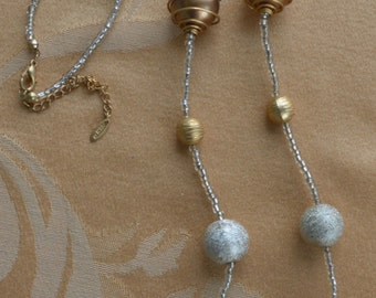 """Pretty Vintage Gold tone, Silver tone Beaded Necklace, Adjustable, 34""""-37"""""""