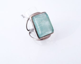 925 silver ring and emerald stone