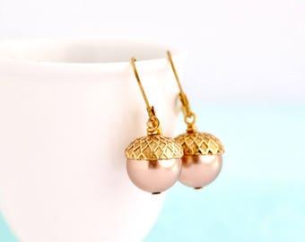 Pearl Earrings - Acorn Earrings - Pale Bronze Pearls - Dangle Earrings - Woodland Jewelry - Rustic Jewelry - Autumn Jewelry - Acorn Jewelry