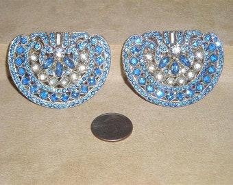 Vintage Roaring 1920's Matching Pair Of Art Deco Blue Rhinestone Dress Clips. Dapper! Jewelry 7017