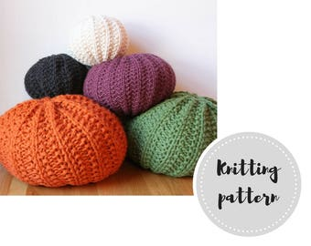 Basic knit pouf PDF pattern - knitting, stuffing and assembly instructions in 6 different sizes