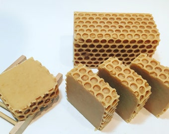 Oatmeal & Honey Soap - Natural Soap - Artisan Soap - Luxury Soap - Handmade Soap - Homemade Soap - Cold Process Soap - Bar Soap