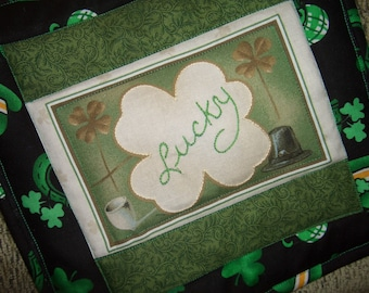 Lucky Irish mini quilt  - use for wall hanging or pot holder!