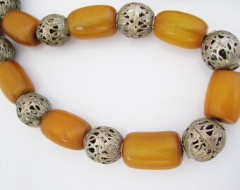 Bakelite Necklace, Yemeni Necklace, Bedouin Jewelry, Butterscotch Amber, Barrel Bakelite Bead, Yemeni Jewelry, Ethnic Jewelry