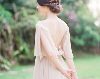 Bohemian olive non-corset wedding dress with lace appliques
