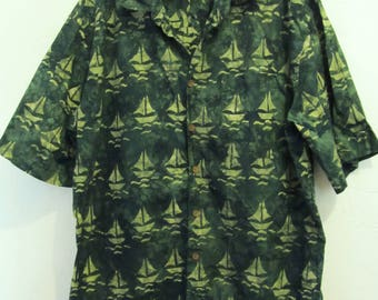 A Mens Vintage 90's,GROOVY Green Short Sleeve SAILBOAT Pic Shirt By BASIC 0PTIONS.xl