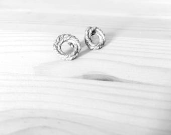 Silver Earrings | knotting
