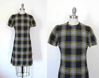1960s vintage navy blue white gold plaid short sleeve knee length casual wiggle pocket dress xs s