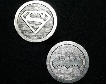 Superman vs Batman Heads or Tails Pewter Flipping Coin