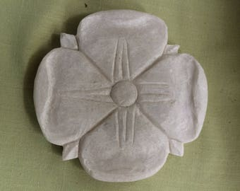 Rosette, hand made marble sculpt, indoor or outdoor use!