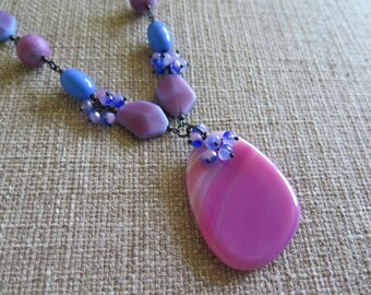 pink and blue necklace, fuchsia and periwinkle necklace, agate necklace, bold necklace, unique necklace, statement necklace, summer jewelry