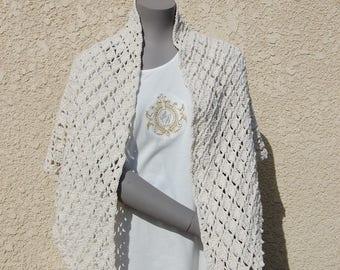 Ecru hand crocheted shawl in cotton