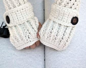 White crochet arm warmers, fingerless gloves, texting gloves, crochet gloves, boho gloves, hand warmer, mittens, boho fashion, button gloves