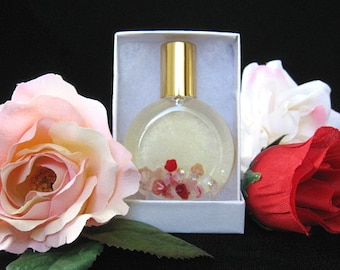 ROSE PERFUME. Roll-on Perfume containing Rose Absolute. 15 ml. (0.5 fl oz).