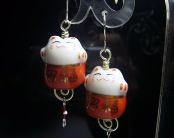 Fuku red maneki neko Japan Lcuk Cat earrings handmade jewelry id1310593