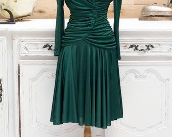 Vintage 1970's Bree Van de Kamp style Fitted Green Dress
