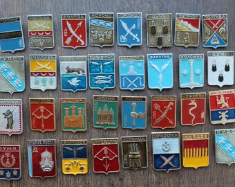 A big collection of vintage badges, a collection of old Cities. 32 pcs. set#21