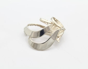Sterling Silver Abstract Fold Form Brooch. [8001]
