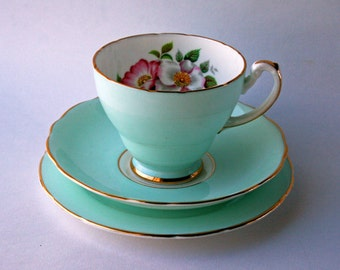 Hammersley Pale Green Floral English Bone China Tea Set Trio. Cup, saucer and plate. Afternoon tea, 1940's tea party. Vintage homeware.