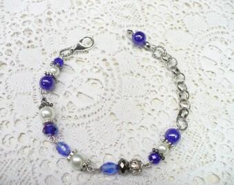 OOAK Vintage Blue and White Beaded Bracelet - adjustable - silver tone metal - Something blue - WEDDING piece - Bridal - Bridesmaid gift