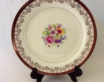 "Stetson plates Warrented 22 KT Gold - 10 1/8"" - 8 Porcelain dinner plates - Made in the USA - floral pattern - gold filigree rim"