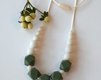 Teething Necklace, Ivy