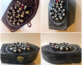 Mini coffin Sandworm jewelry box