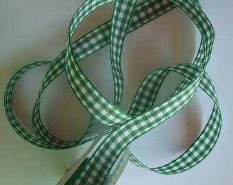 5 meters (V02) 15mm wide green gingham Ribbon